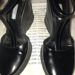 Prada Leather Cap Toe Wedge Pumps Shoes Sz EUR 40